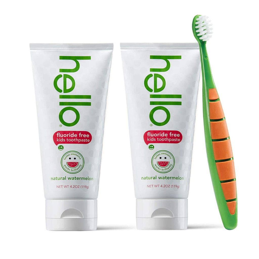 Hellow Oral Care set of 2 toothpaste and 1 toothbrush